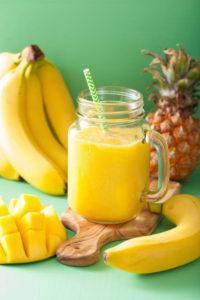 Recette jus de banane, mangue et ananas à l'extracteur de jus