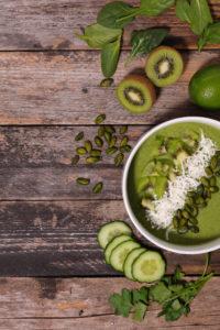 Faire un smoothie bowl de légumes